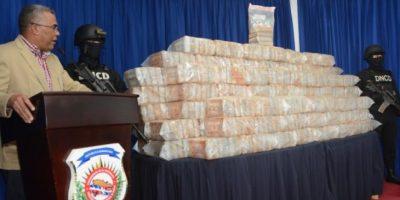 DNCD decomisa 748 paquetes droga y 964 mil dólares en efectivo; hay 12 detenidos