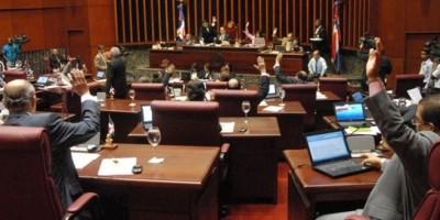 Senado aprobará proyecto de ley que prohibirá  el porte de armas en civiles