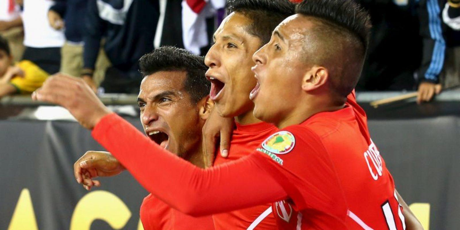 La gesta fue celebrada por la prensa peruana y se dieron un festín Foto:Getty Images