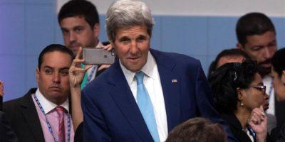 """Kerry se une a Almagro en pedir a Venezuela referendo revocatorio """"temprano"""""""