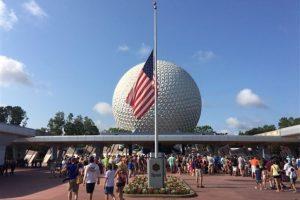 El gobierno estadounidense colocó las banderas a media asta. Foto:AP