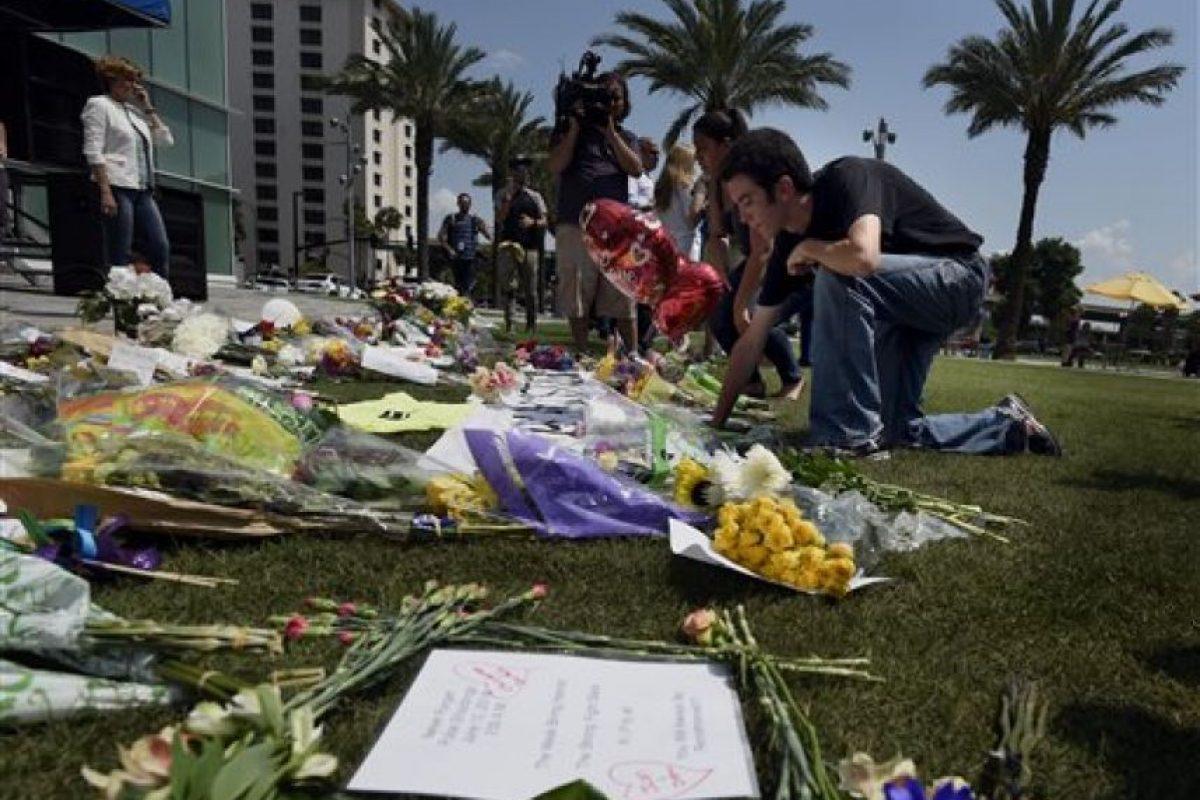 """Luego que 49 personas perdieran la vida dentro del bar """"Pulse"""" Foto:AP"""