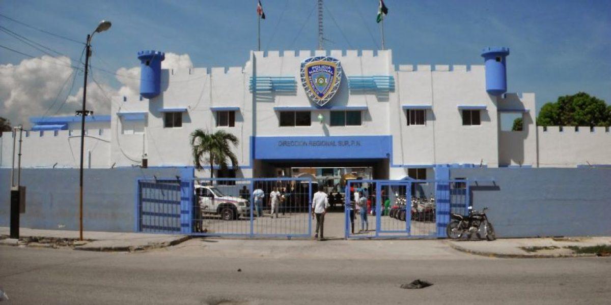 Detenidos dos hombres en Barahona a los que ocuparon 10 libras de marihuana