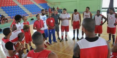 Leones Santo Domingo ya entrenan para buscar corona LNB