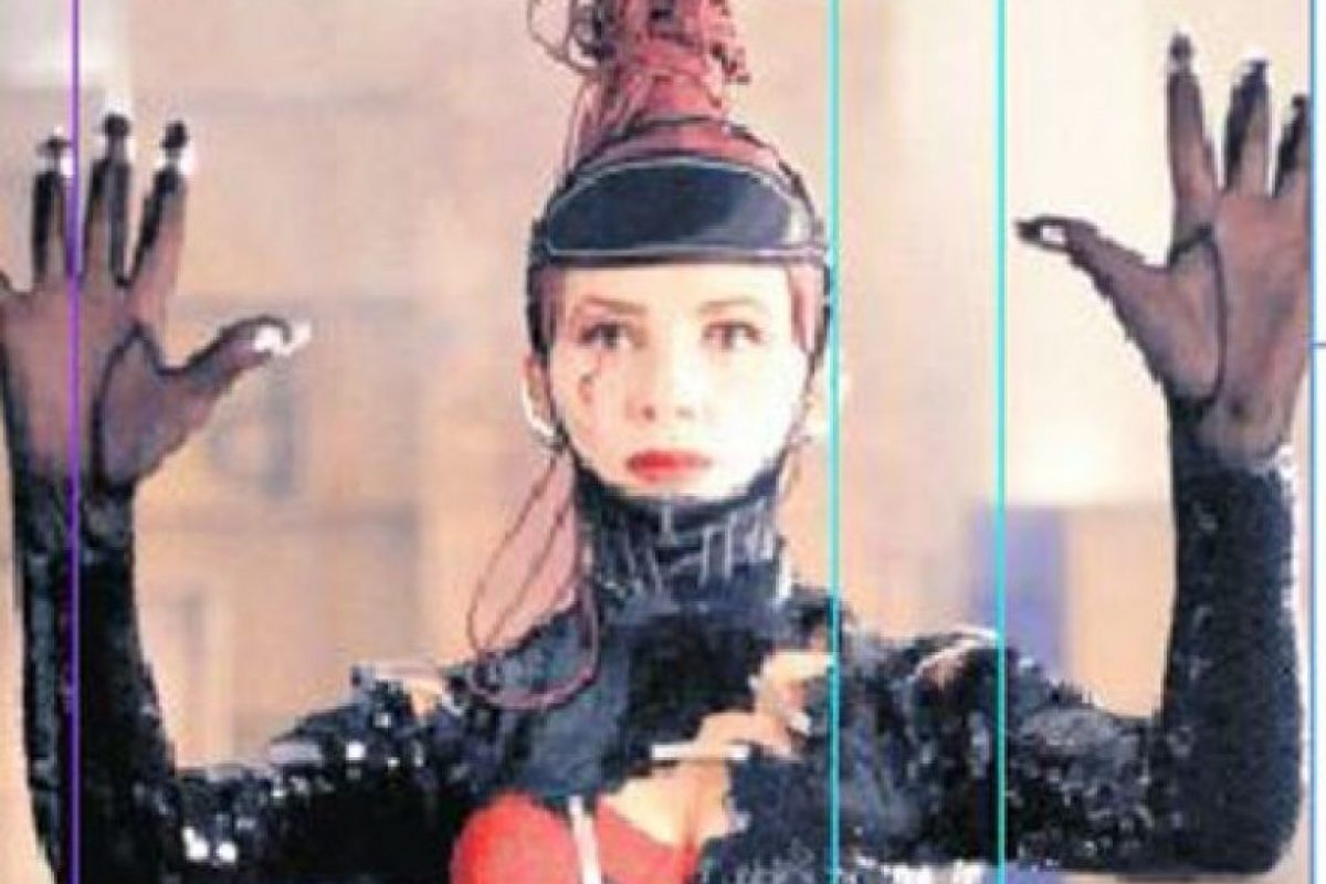 6- Victoria Abril. Tras el alejamiento de Almodóvar y Maura luego del rodaje de Mujeres al borde de un ataque de nervios (1988), Abril se convirtió en la nueva musa del director. Protagonizó Átame (1989), Tacones ajenos (1991) y Kika (1993). Foto:Fuente externa