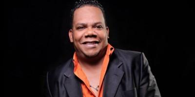 Cantante Carlos Brito se hace camino en la música