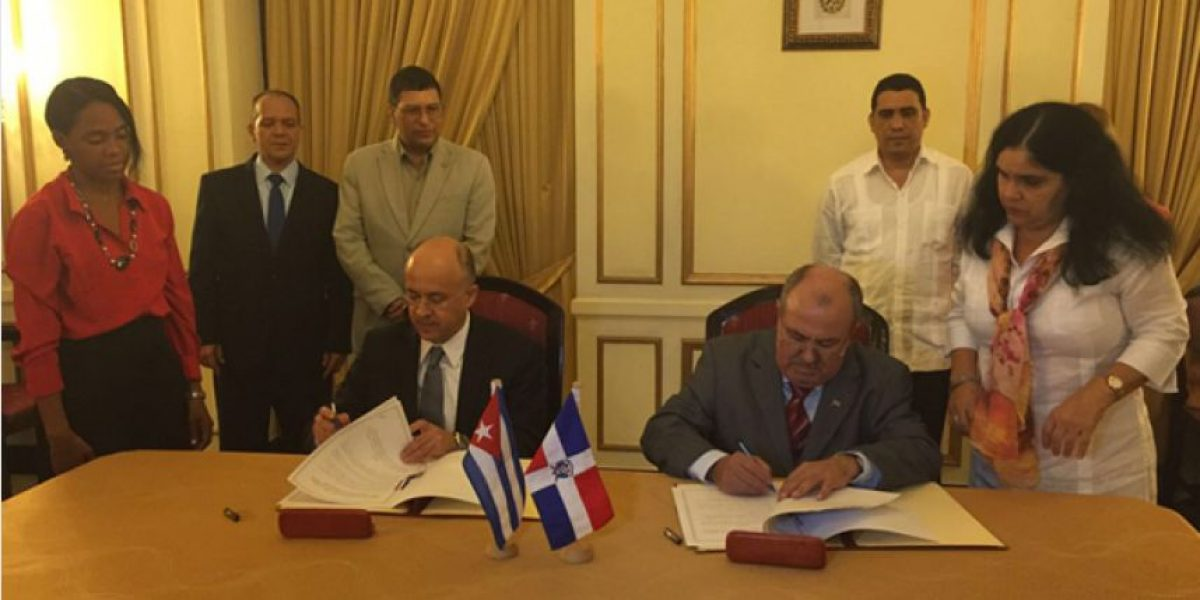 Procuraduría General firma convenio con Cuba para combatir la delincuencia