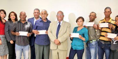 Gobierno dota seguro de vida a 125.000 personas del Programa Solidaridad