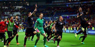 Los albaneses recibirán un pasaporte diplomático y un premio monetario por su histórico triunfo Foto:Getty Images