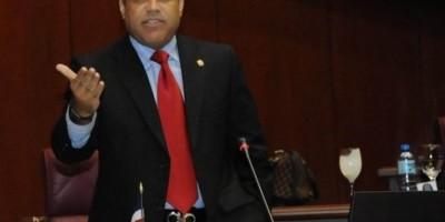 Tommy Galán dice quisiera ser tomado en cuenta para presidir Senado
