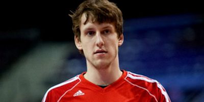 Jan Vesely podría retornar a la NBA