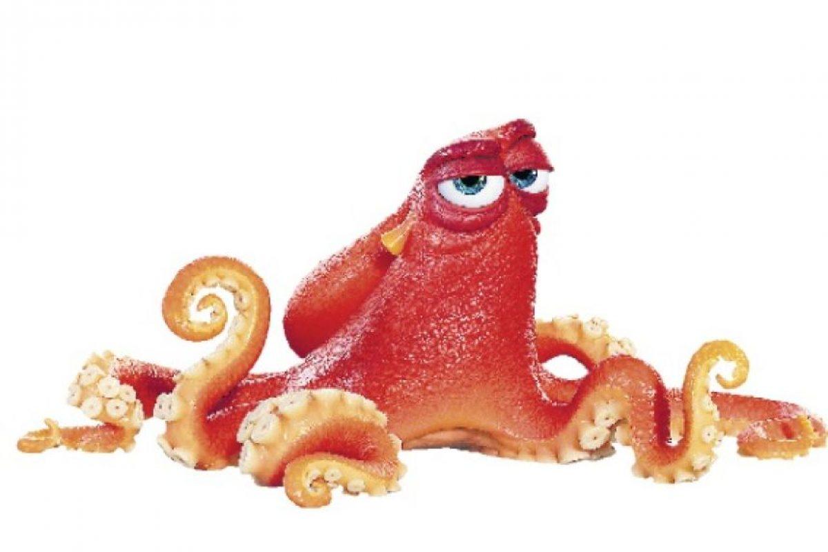 5- Hank. Este pulpo de siete tentáculos no tiene sentido del humor. Es un consumado artista del escapismo, con enormes capacidades de camuflaje. Es el primero en recibir a Dory cuando llega al Instituto de la Vida Marina. La voz en inglés de este personaje está a cargo del famoso actor y comediante Ed O'Neill. Foto:Fuente externa