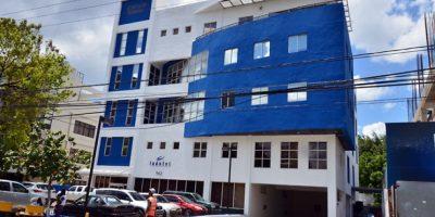 Indotel entrega 2.3 millones de pesos a ARD para sistema seguridad marítima