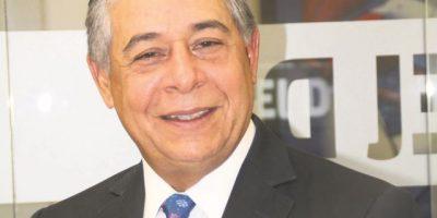 Roberto Salcedo pasa inventario para entregar ADN