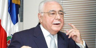 Ministro de Energía y Minas será trasladado a EE.UU por problemas de salud