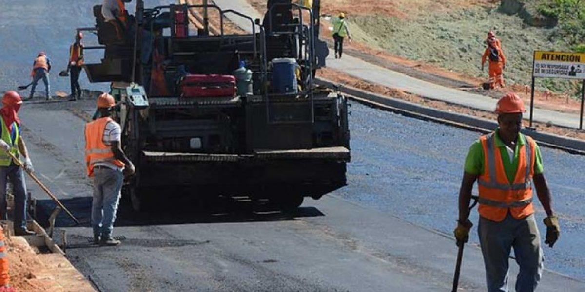 MOPC cerrará este domingo la autopista 6 de Noviembre para  asfaltado