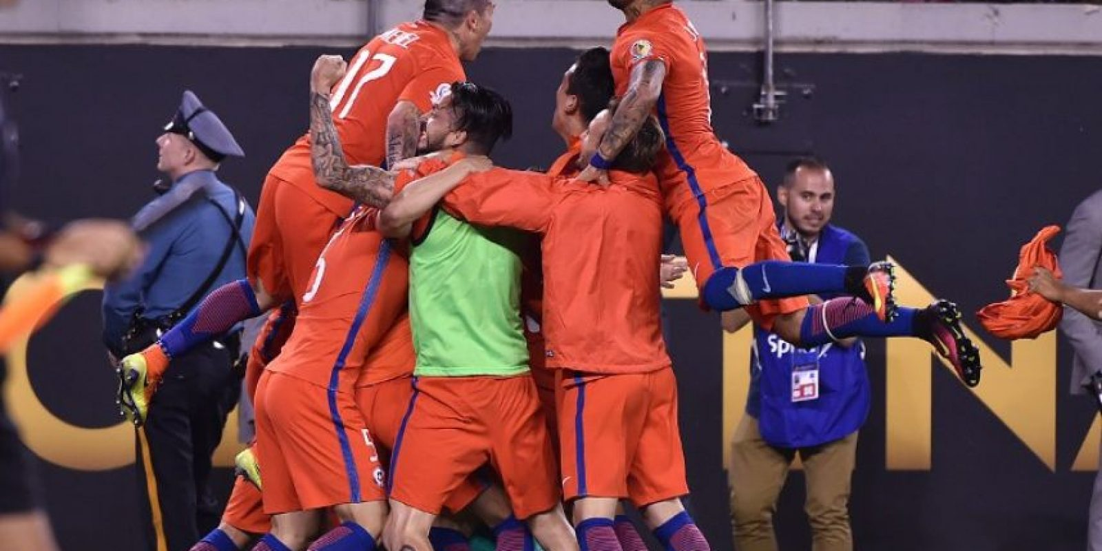 Chile volvió a celebrar ante Argentina Foto:AFP