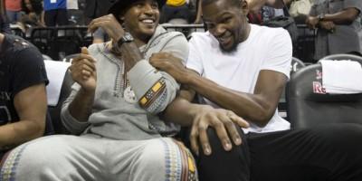 Carmelo Anthony habla con Durant para su fichar por los Knicks