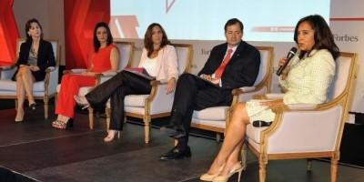 """300 damas de América se """"apoderan"""" de RD en el Foro de Forbes"""