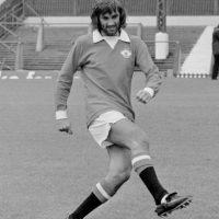 El más grande jugador que ha tenido Irlanda del Norte en su historia. El 'quinto Beattle', como era conocido, es una leyenda del Manchester United y pese a sus conflictos fuera de la cancha, es querido por todos por su gran talento. Representando a una selección de menor categoría, se le hacía muy difícil conseguir algún título Foto:Getty Images