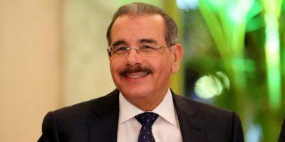 Danilo Medina envía cálida y sincera felicitación a maestros en su día