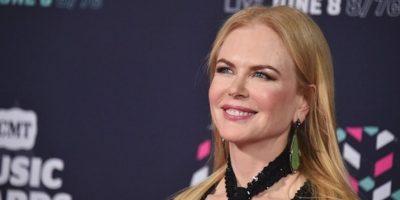 Nicole Kidman se despide del rubio y presume sus canas