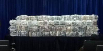 Decomisan 324 paquetes de droga en Caucedo y apresan dos hombres