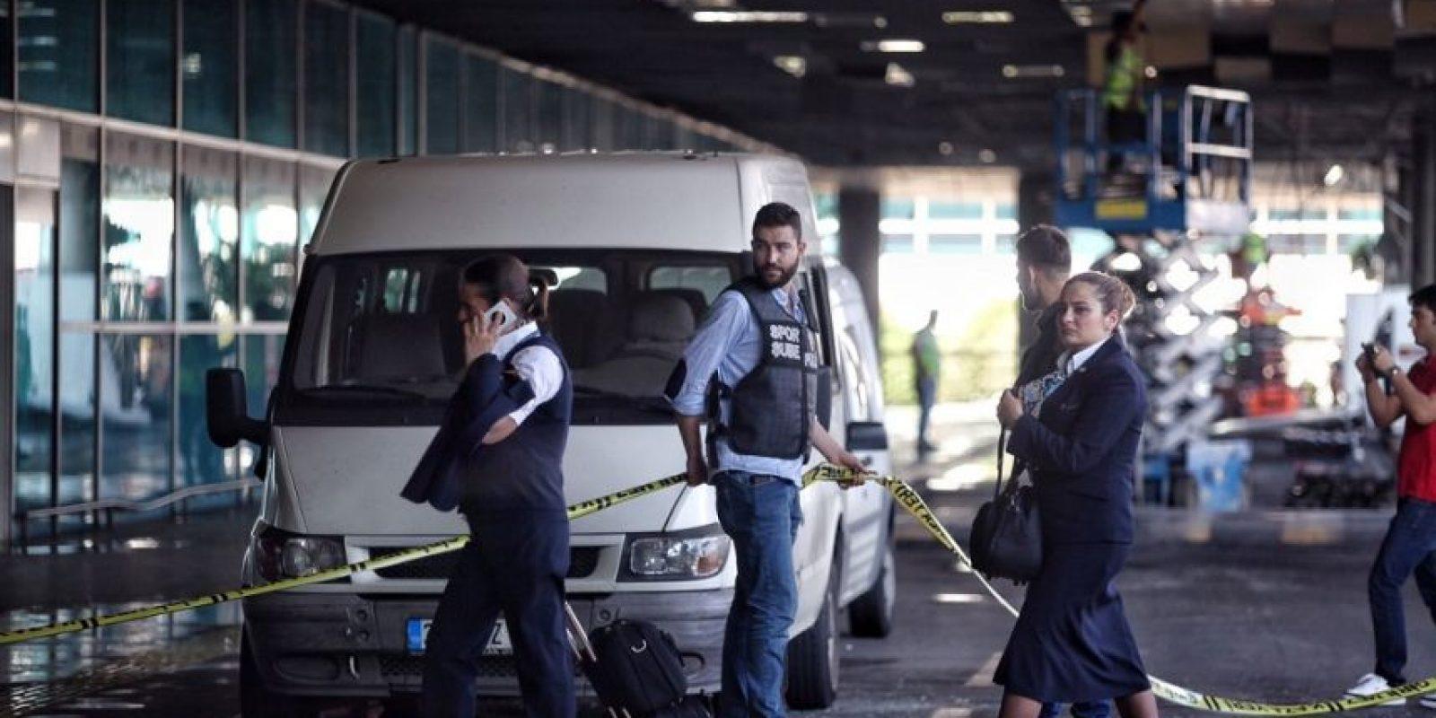 Ls seguridad en los aeropuertos volverá a extremarse tars el atentado del martes en Estambul. Foto:Getty Images