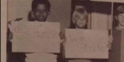 """El pequeño Barack Obama tiene un letrero que dice """"Huelga"""" Foto:Imgur/Reddit"""