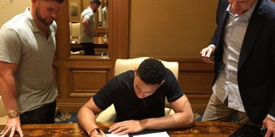 Los 76ers firman a Ben Simmons