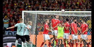 Tras su victoria, Gales intentará alargar su sueño en la semifinal del miércoles en Lyon contra Portugal. Foto:AP