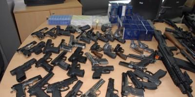 Incautadas 19 armas de fuego y detienen a  33 menores por ingerir alcohol