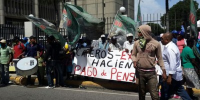 Trabajadores de la caña presentan  demandas al nuevo director IDSS