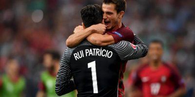 Los portugueses empataron sus tres partidos del grupo, luego vencieron de forma agónica en el alargue a Croacia y eliminaron a Polonia en penales Foto:Getty Images