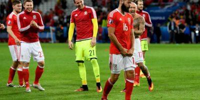 La sorpresiva actuación de Gales también le generó un problema a Ledley, quien tuvo que correr su boda por la semifinal que jugarán este miércoles con Portugal Foto:Getty Images