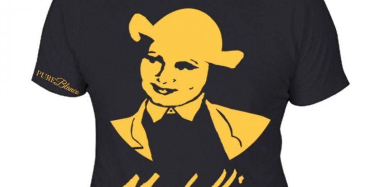 Actriz colombiana indigna al usar camiseta de Pablo Escobar