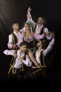 Los actores dominicanos y extranjeros que integran esta opereta tienen una vasta trayectoria de éxitos. Foto:Fuente externa