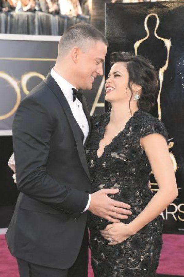 2. ¡Miradas que hablan! a. Channing Tatum busca tener pequeños detalles para sorprender a su esposa Jenna. Foto:Fuente externa