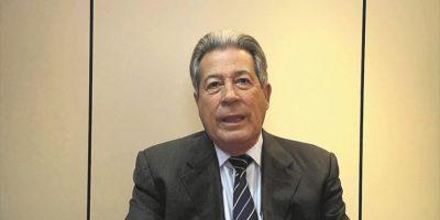 Medina se compromete con las reformas política