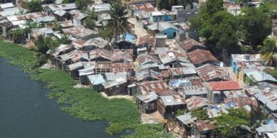 Oxfam presenta iniciativa pionera ante desastres naturales en RD