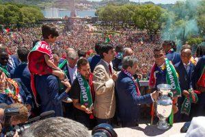 Los campeones de la Eurocopa fueron recibidos como héroes Foto:Getty Images