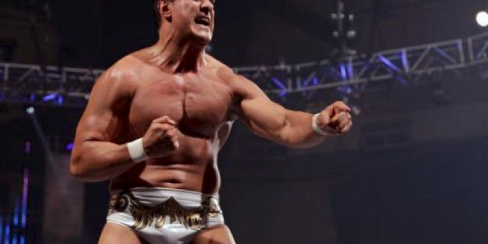 Su récord en las MMA es de 9-5 Foto:WWE