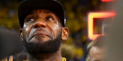 LeBron James ocupa el podio de los deportistas en el top 100 de Forbes y aparece en el undécimo lugar Foto:Getty Images