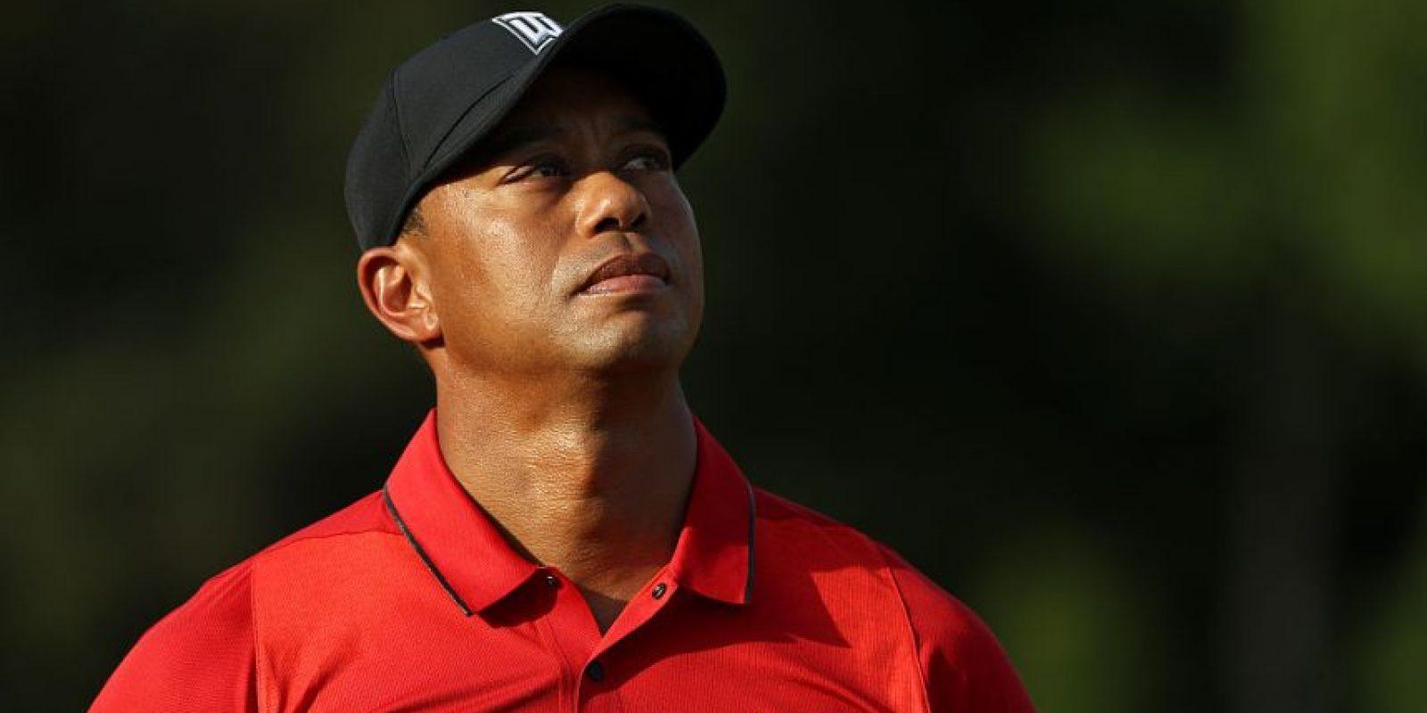 Tiger Woods, pese a sus escándalos y el bajo nivel que está mostrando, es el golfista que más dinero recibe Foto:Getty Images