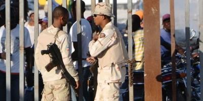 Prisión preventiva a dos hombres por presuntamente traficar con haitianos