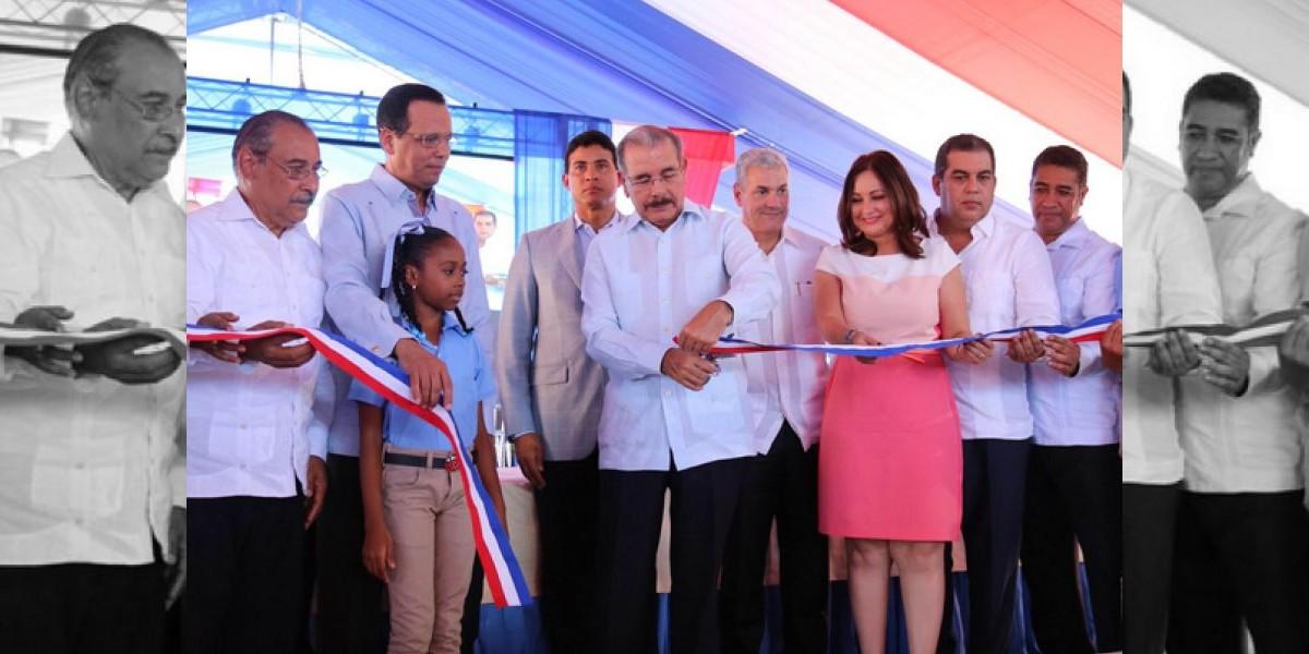 Medina entrega escuela tanda extendida en Sosúa que beneficiará a 700 alumno
