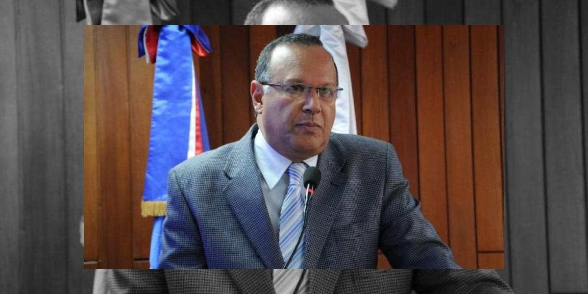 Titular del SNS aclara que no se desmontará seguridad hospitalaria