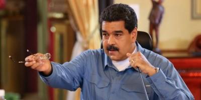 """Maduro dice que referendo """"no va"""""""