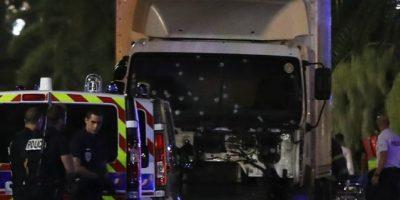 Camión que embistió a multitud en Niza, Francia iba repleto de armas y granadas