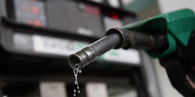 Las gasolinas bajarán entre 3 y 4 pesos a partir de mañana